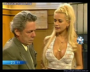 Paula Volpe horny cleavage