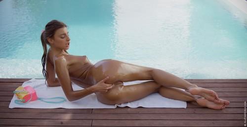 Melena Maria - Pool Time