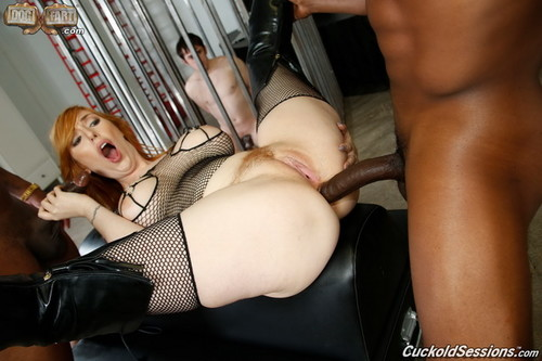 Cuckold Sessions - Lauren Phillips