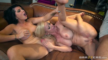 Romi And Alexis MilfsLikeItBig