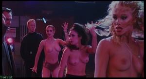 Rena Riffel - Showgirls (1995)  9xewvkwi90sx