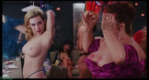 Rena Riffel - Showgirls (1995)  Vq23vlk0xdmj