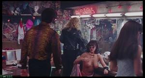Rena Riffel - Showgirls (1995)  Xub93729dgc8