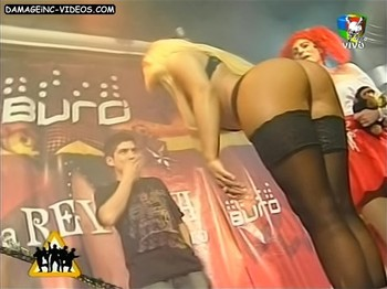 Cecilia Ovideo hot legs and butt in black stockings