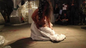 Naked  Performance Art - Full Original Collections - Page 2 Huaxl8oxputu