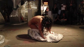 Naked  Performance Art - Full Original Collections - Page 2 R9mj0dsjgeia