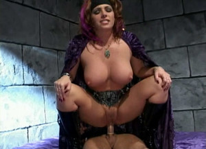 Kylie Ireland - Whore of the Rings sc3