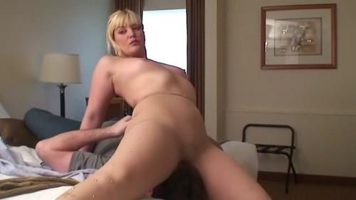 http://img162.imagetwist.com/th/14830/yofr7w1heg5h.jpg
