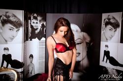 Sarah E - Striptease -j6qkcljn1r.jpg