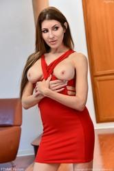 Agatha - Her Red Dress