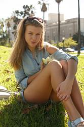 Tatiana Penskaya – Tatiana Penskaya Likes Them Apples