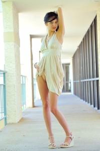 Tamara - Slender Beauty