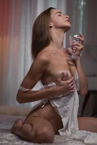 Carmen-Y-Virgin-Bride--76raodxwtd.jpg