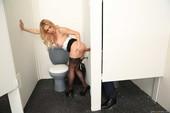 Rachel-Roxxx-Sexy-Secretary-Selfies-%28hardcore%29-p6q7rb075i.jpg