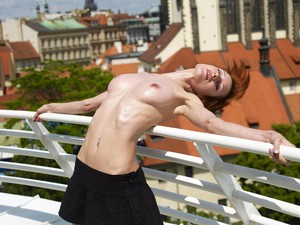 Yanna-Prague--z6uhq15d3w.jpg