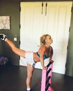 Britney-Spears-sexy-workout-pics-f6oxtk9b2d.jpg