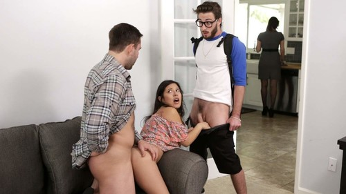 Step Family Threesome - Jasmine Gomez (BrattySis.com-2018)