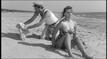 Sophia Loren / Peccato che sia una canaglia / nipple / (IT 1954) 0hrljkoad8qo