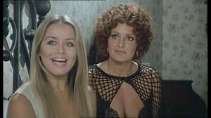 Gloria Guida / Rossana Podesta / Il gatto mammone / topless / (IT 1975) 6nduosf1e3os