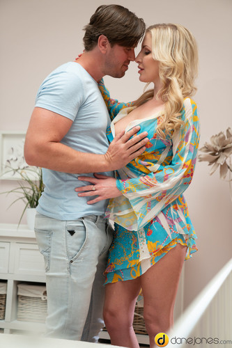 Georgie Lyall - Hot creampie for big tits UK blonde